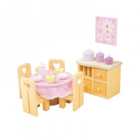 Sugar Plum dining room by Le toy van
