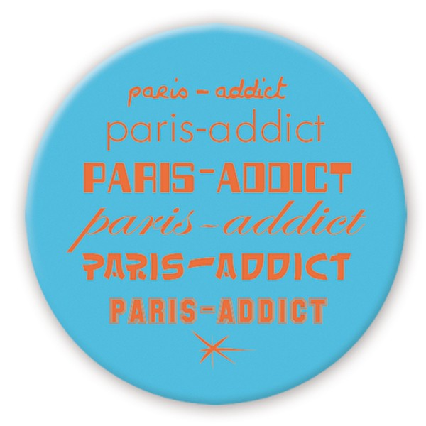 "Badge ""Memo bleu"" by Marie-Pierre Denizot"